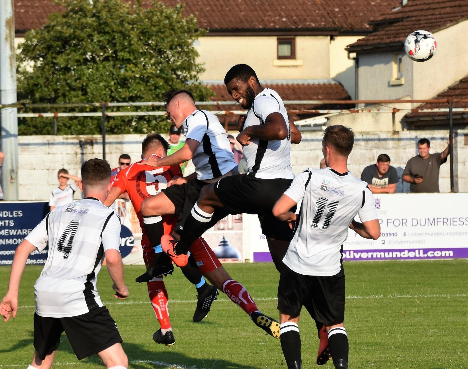 9-Grenta-FC-v-Workington-Reds-Ben-Challis