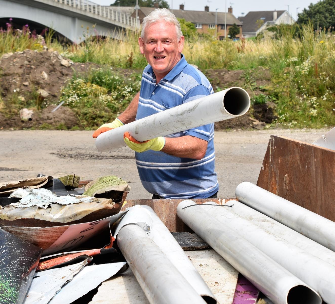 Borough-Park-clear-up-4th-August-Ben-Challis-9