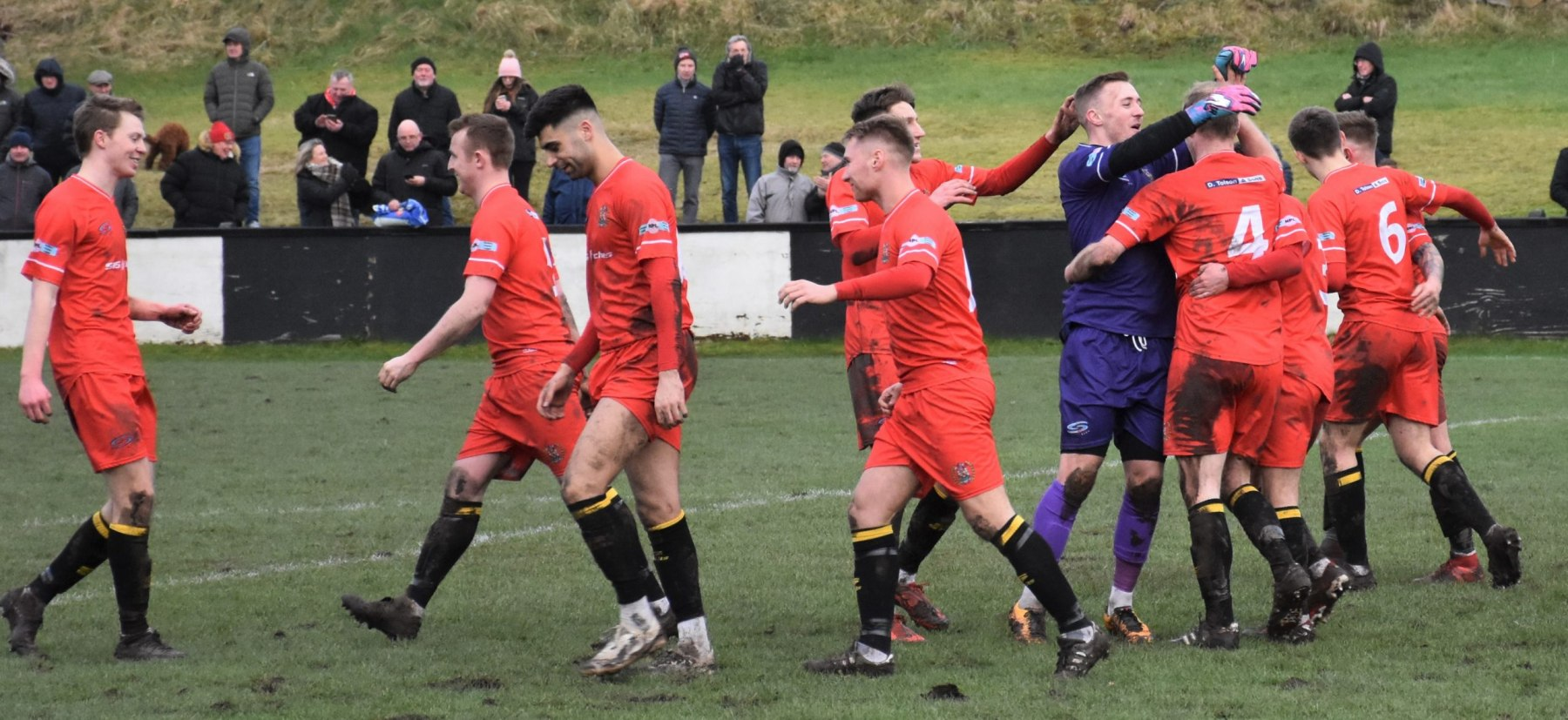 Kendal-Town-v-Workington-Reds-Ben-Challis-21-scaled