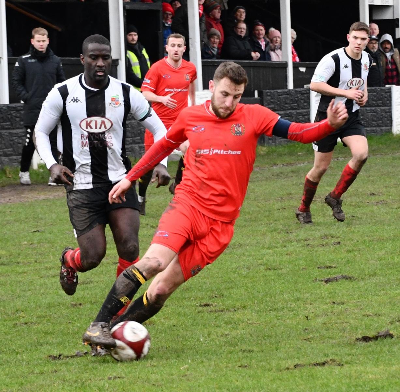 Kendal-Town-v-Workington-Reds-Ben-Challis-8