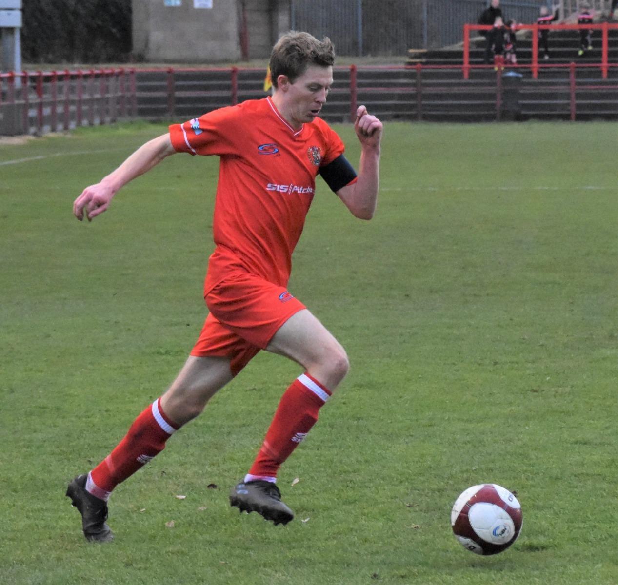 Workington-Reds-v-Farsley-Celtic-Ben-Challis-10-scaled