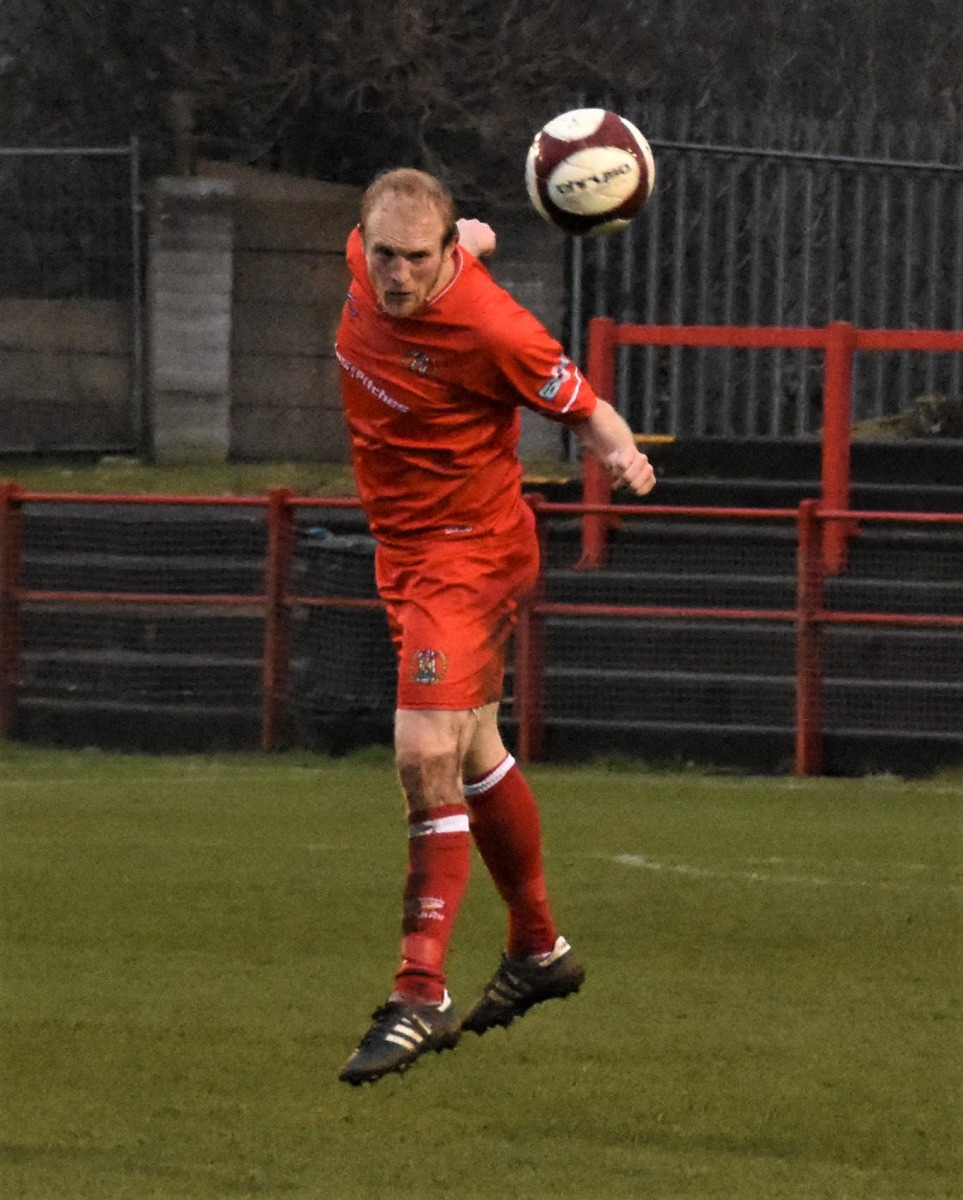 Workington-Reds-v-Farsley-Celtic-Ben-Challis-13