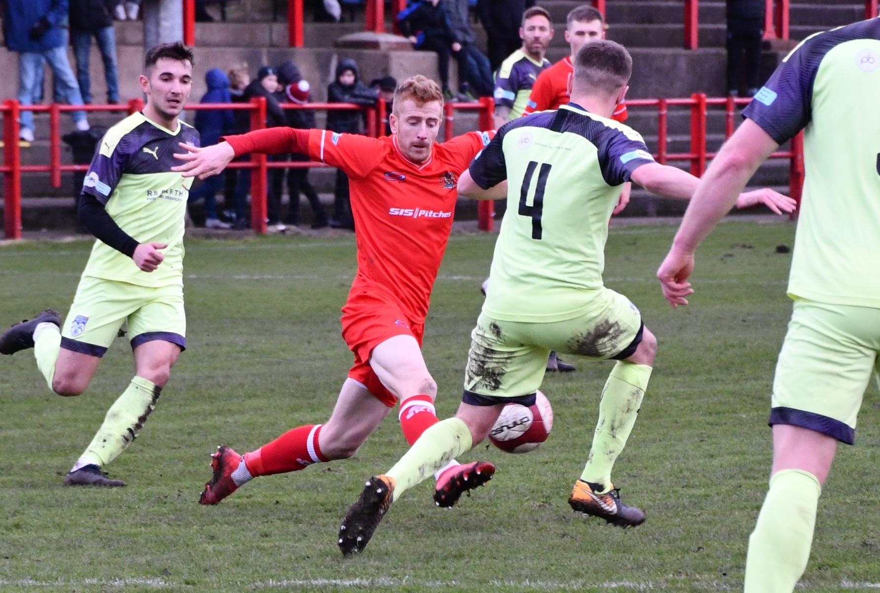 Workington-Reds-v-Ossett-Utd-Ben-Challis-17