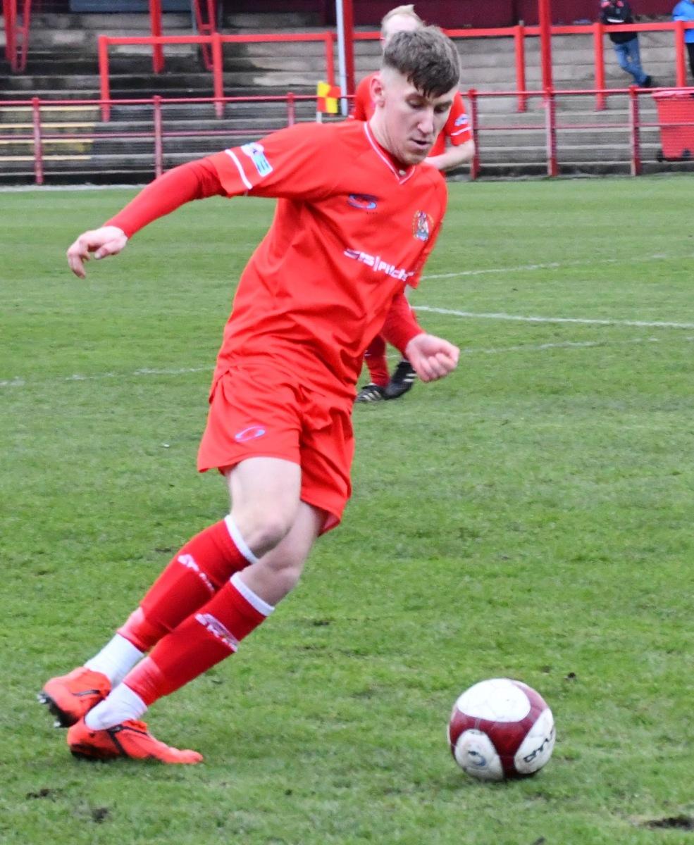 Workington-Reds-v-Ossett-Utd-Ben-Challis-18