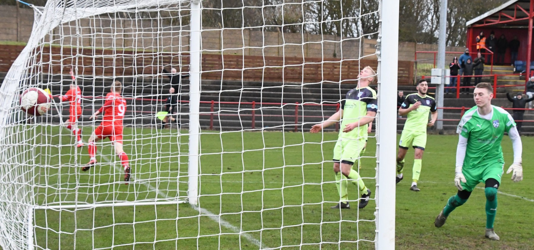 Workington-Reds-v-Ossett-Utd-Ben-Challis-19-scaled