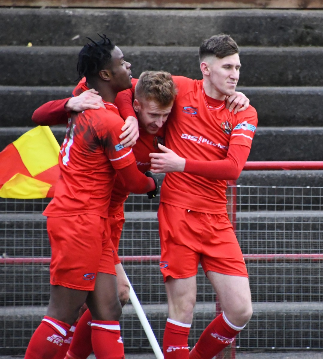 Workington-Reds-v-Ossett-Utd-Ben-Challis-20-scaled