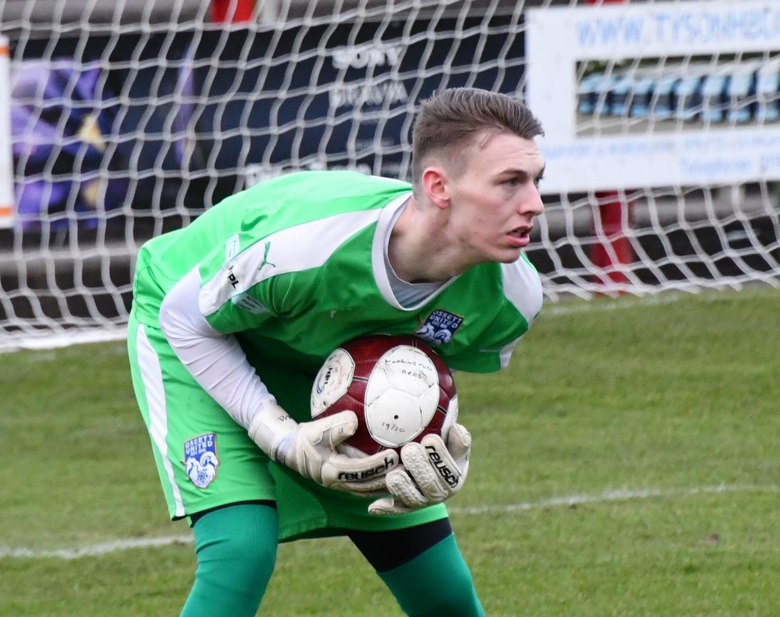 Workington-Reds-v-Ossett-Utd-Ben-Challis-3