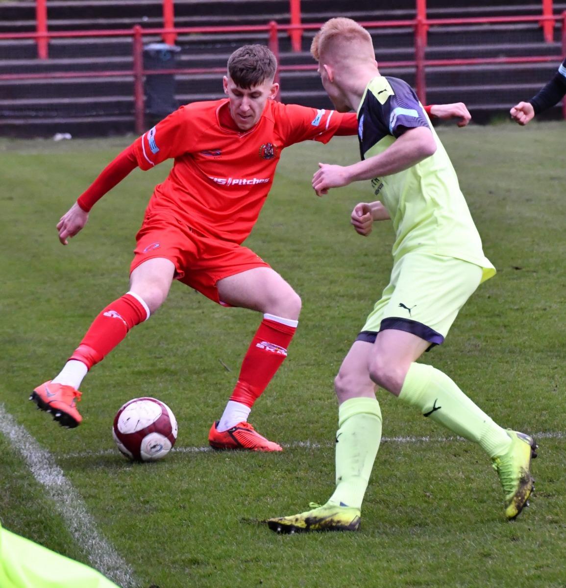 Workington-Reds-v-Ossett-Utd-Ben-Challis-5-scaled