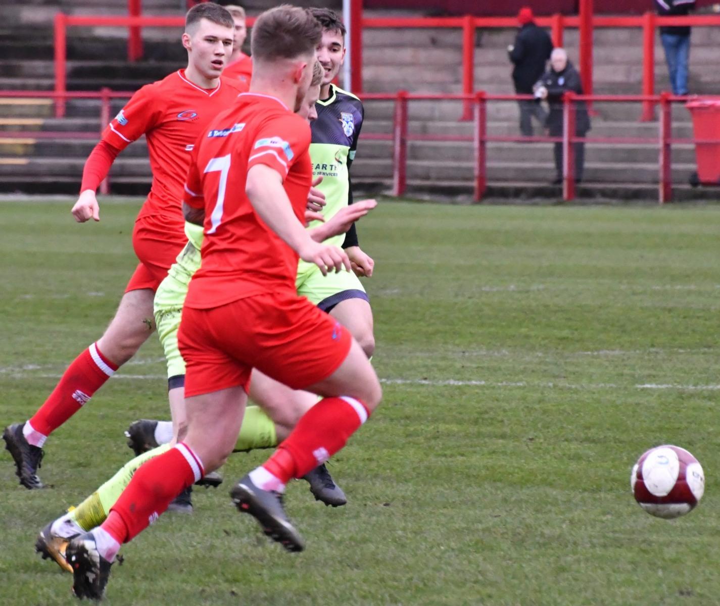 Workington-Reds-v-Ossett-Utd-Ben-Challis-7-scaled