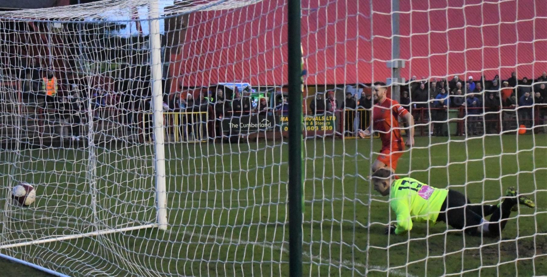 Workington-Reds-v-Trafford-Ben-Challis-20-scaled