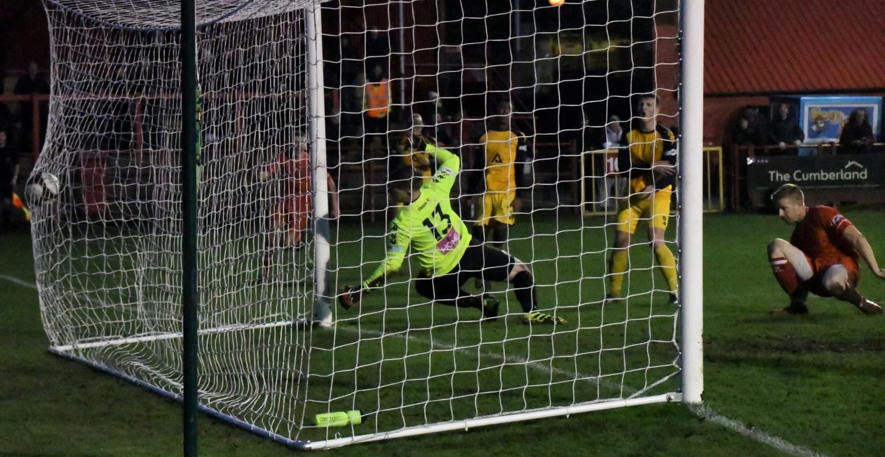 Workington-Reds-v-Trafford-Ben-Challis-22-scaled
