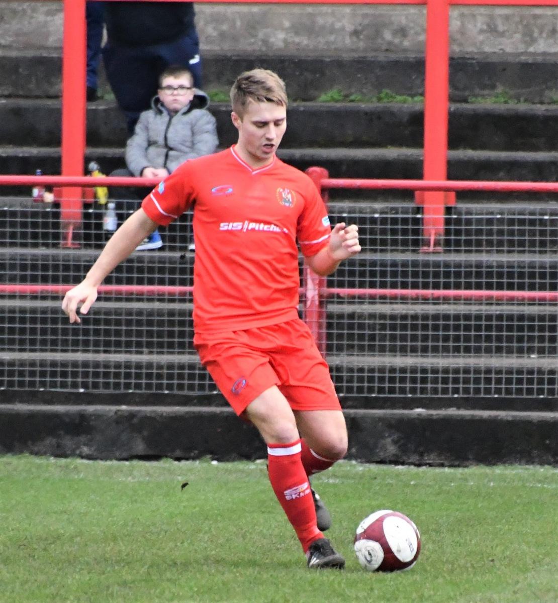 Workington-Reds-v-Trafford-Ben-Challis-6
