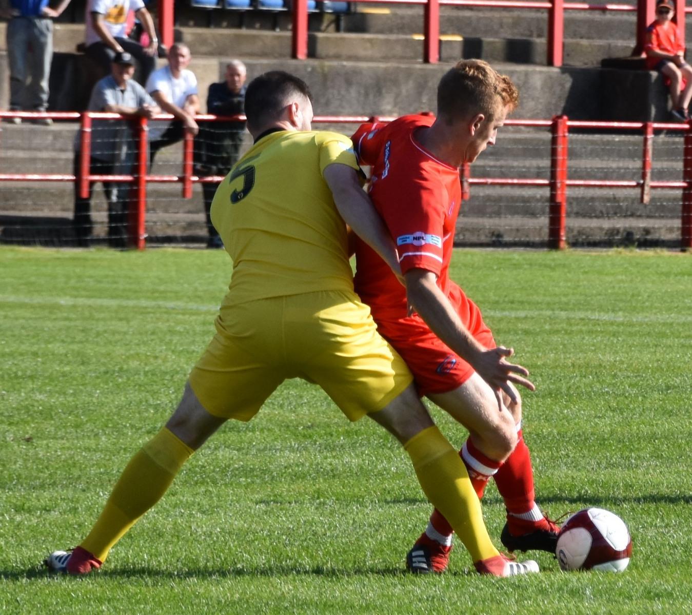 Workington-Reds-v-Widnes-Ben-Challis-1