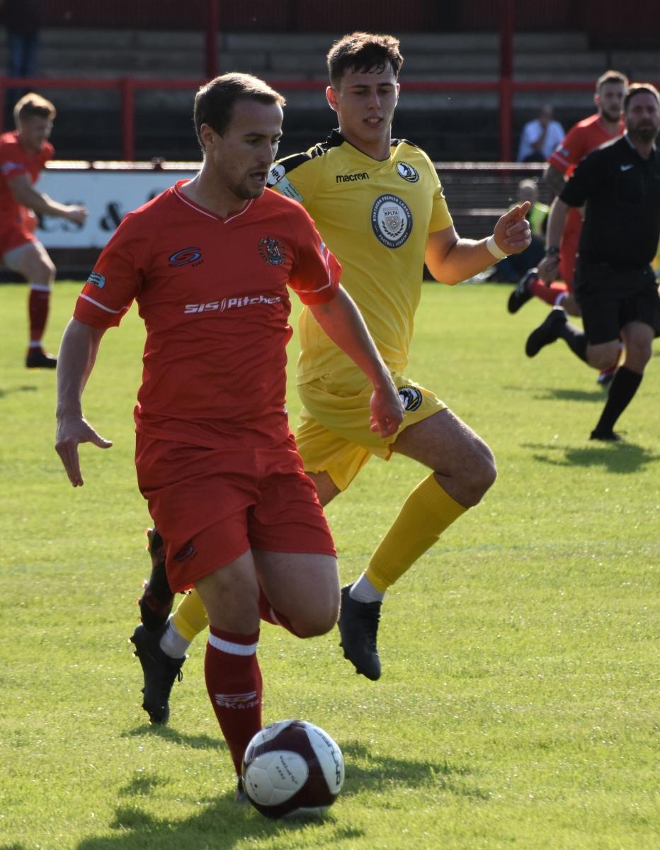Workington-Reds-v-Widnes-Ben-Challis-10