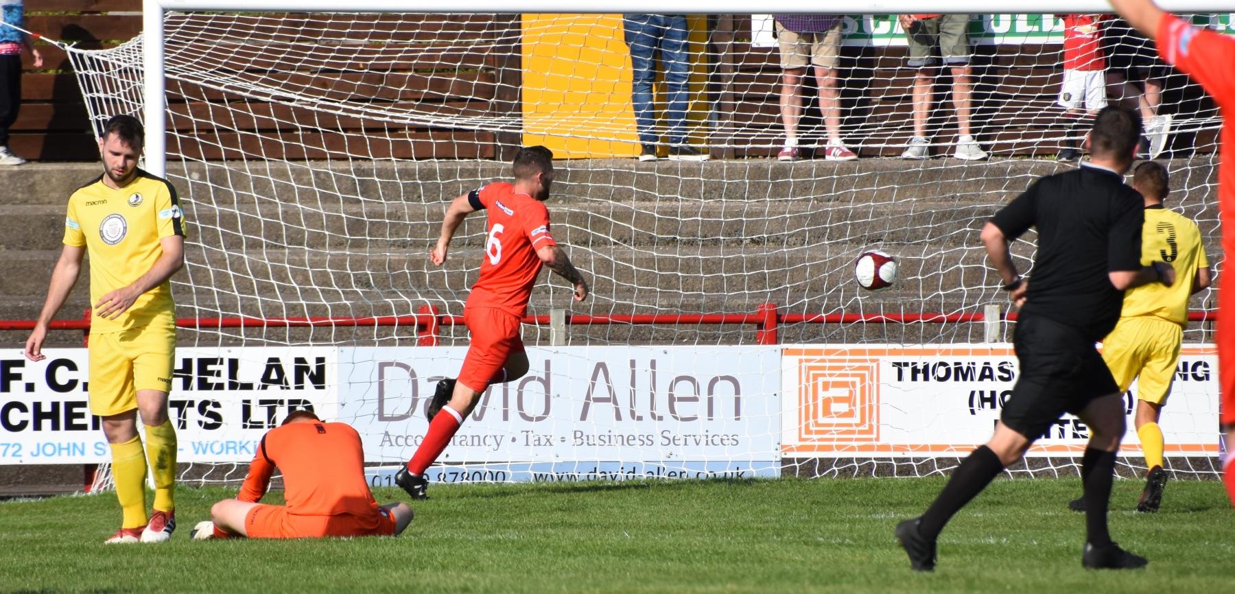 Workington-Reds-v-Widnes-Ben-Challis-13