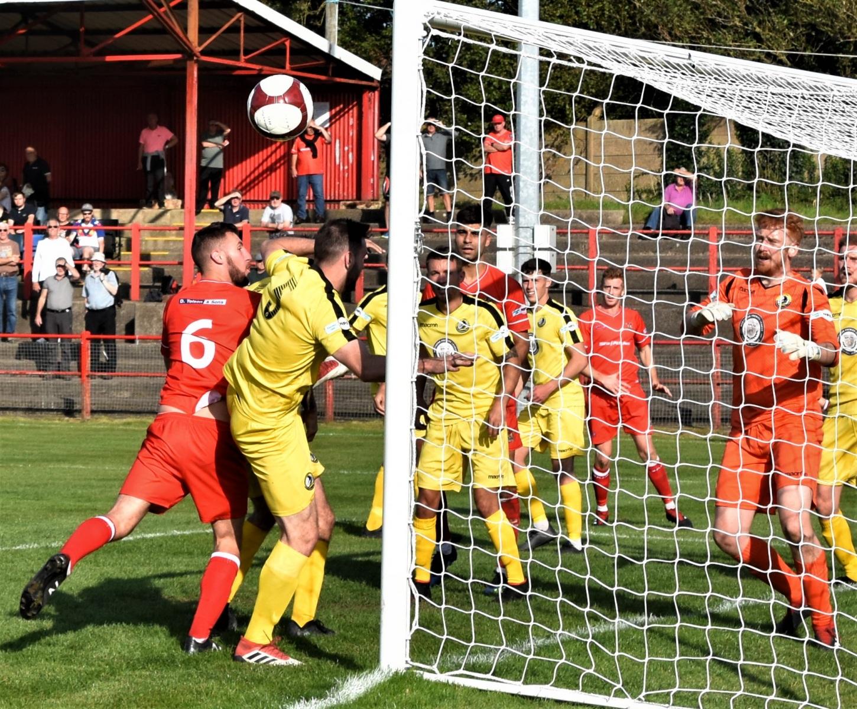 Workington-Reds-v-Widnes-Ben-Challis-17