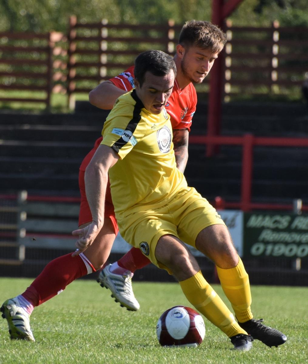 Workington-Reds-v-Widnes-Ben-Challis-3