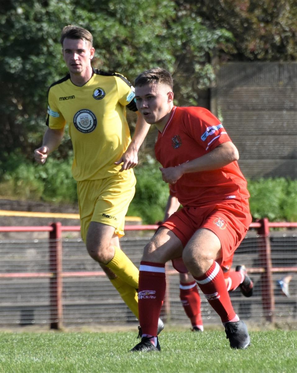 Workington-Reds-v-Widnes-Ben-Challis-8