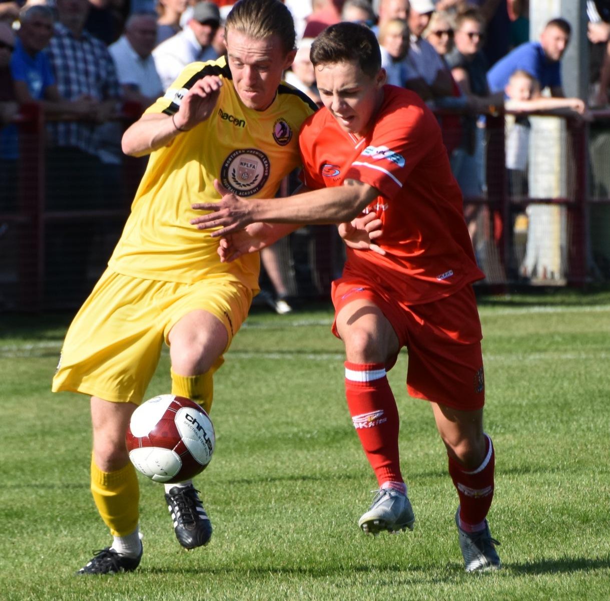 Workington-Reds-v-Widnes-Ben-Challis-9