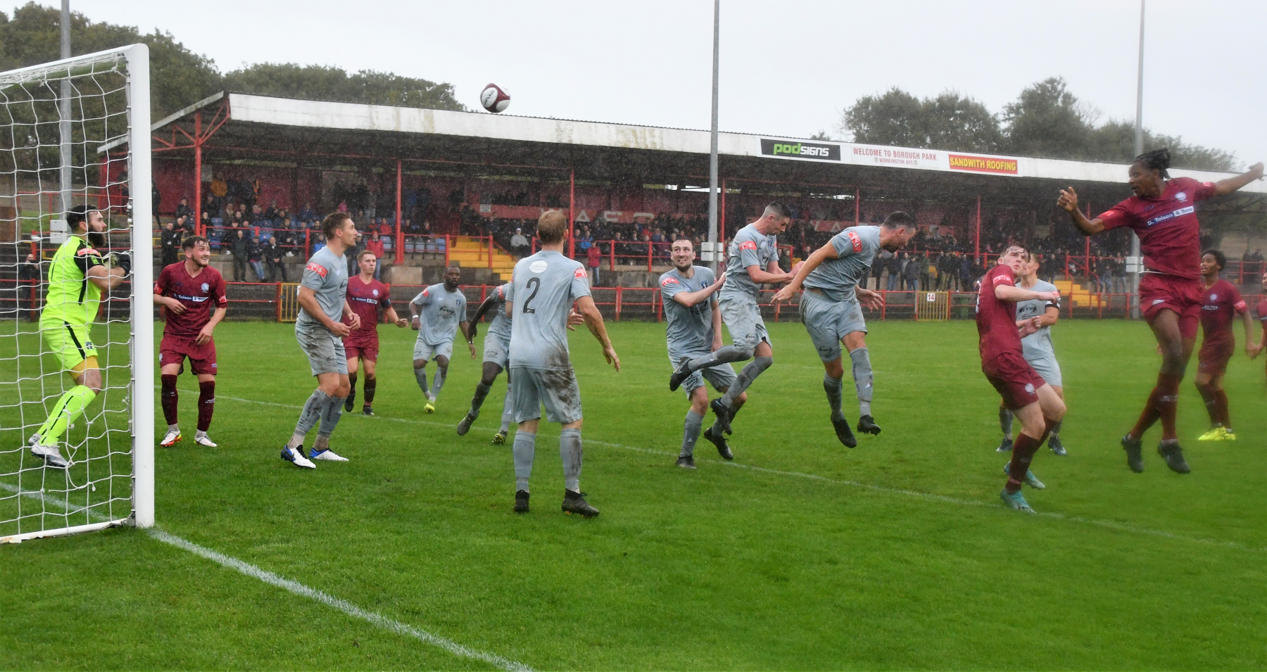 Donae-Lawrence-heads-in-an-early-attempt-on-the-Dunston-goal-ben-Challis
