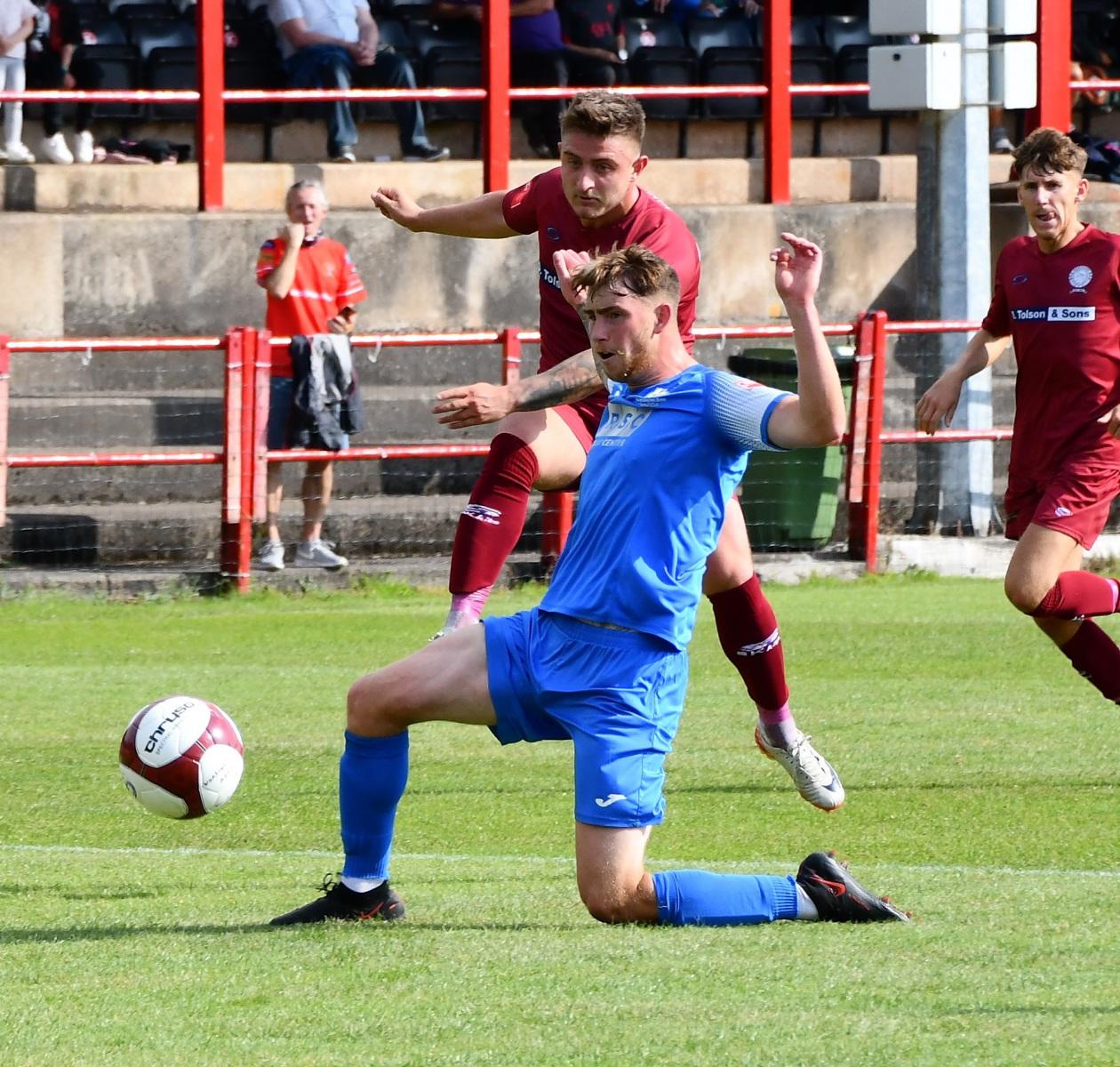 Dav-Symington-scored-the-opening-goal-for-workington-against-Market-Drayton-Ben-Challis